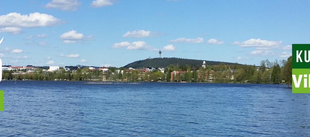 Huomenna Kuopio on Vihreä Kuntavaalit 2021 taustalla Kuopion kaupungin keskusta Väinöläniemeltä kuvattuna